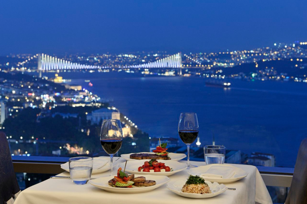 DINNER CRUISE ON THE BOSPHORUS